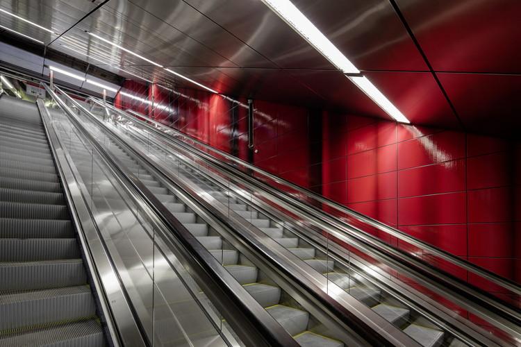 """Heinrich Heine Allee Station: """"Three Model Spaces"""" . Image © Jörg Hempel"""