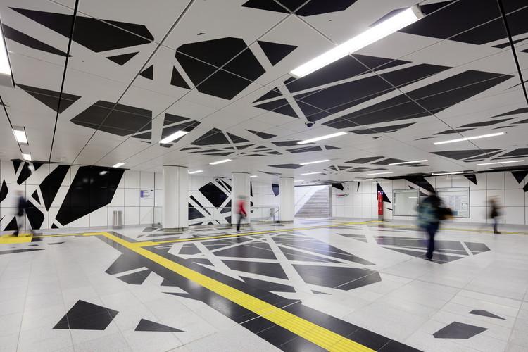 """Pempelforter Strasse Station: """"Surround"""". Image © Jörg Hempel"""