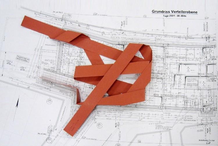 "Pempelforter Strasse Station: ""Surround"" Model"