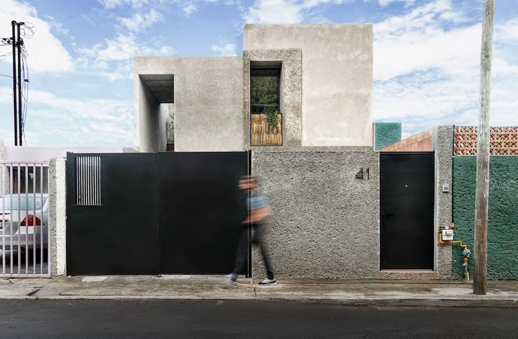 Casa Estudio / Intersticial Arquitectura, © Diego Cosme