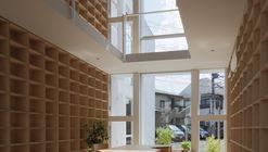 House with 30,000 Books  / Takuro Yamamoto Architects