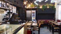Rayos y Centellas Sandwich Club  / LIQE Arquitectura