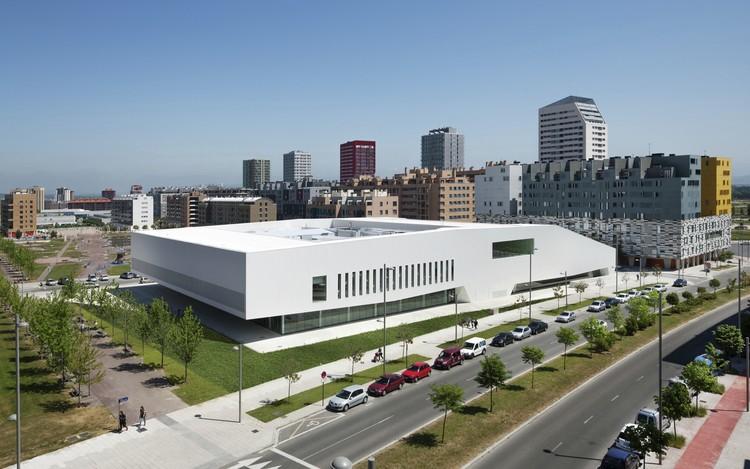 Salburua Civic Center / ACXT. Imagen © Aitor Ortiz