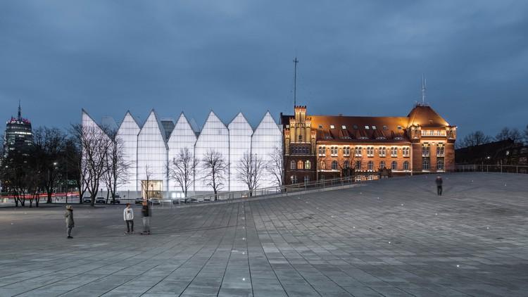 Museo Nacional en Szczecin de Robert Konieczny + KWK es elegido el edificio del año en WAF 2016, National Museum in Szczecin - Dialogue Centre Przełomy / Robert Konieczny + KWK Promes. Imagen vía World Architecture Festival