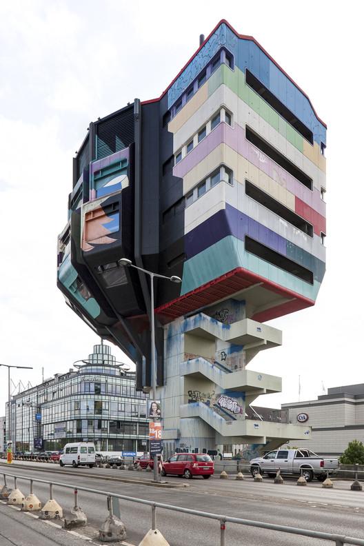 Un nuevo mapa celebra la arquitectura moderna de Berlín., Cortesía de Blue Crowe Media
