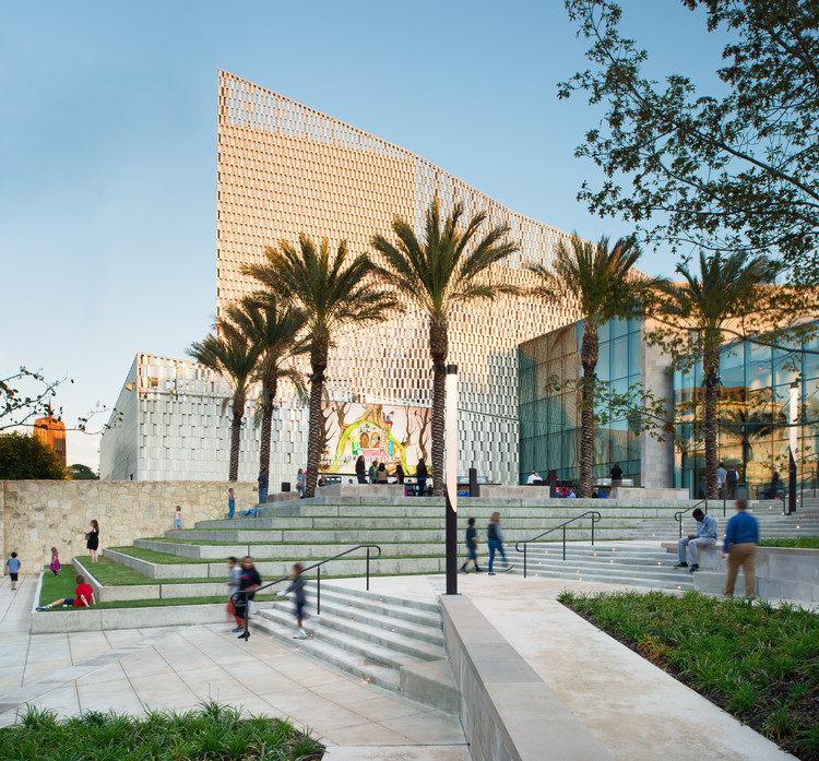 San Antonio Tobin Center for the Performing Arts Wins Global Award for Excellence , © Andy Crawford