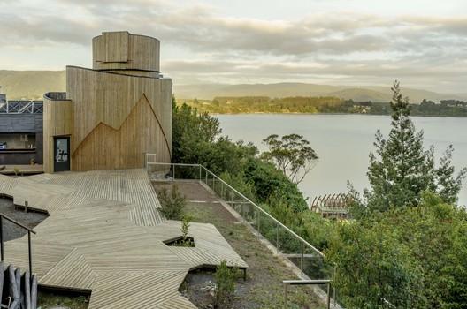 Yepun Astronomical Observatory / Susana Herrera + FACTORIA