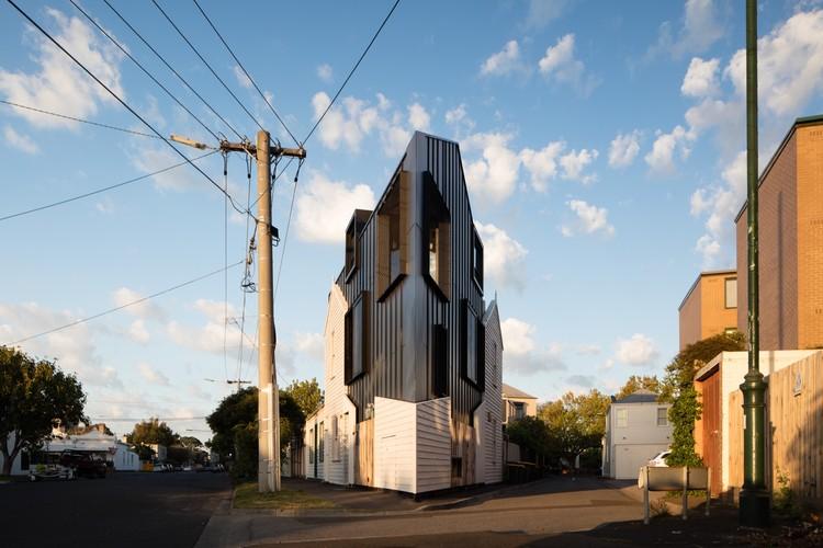 Casa Acute / OOF! architecture, © Nic Granleese
