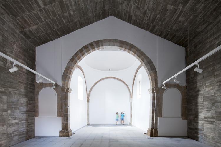 Ermita del Santo Sepulcro Rehabilitation / Héctor Fernández Elorza + Manuel Fernández Ramírez, © Montse Zamorano