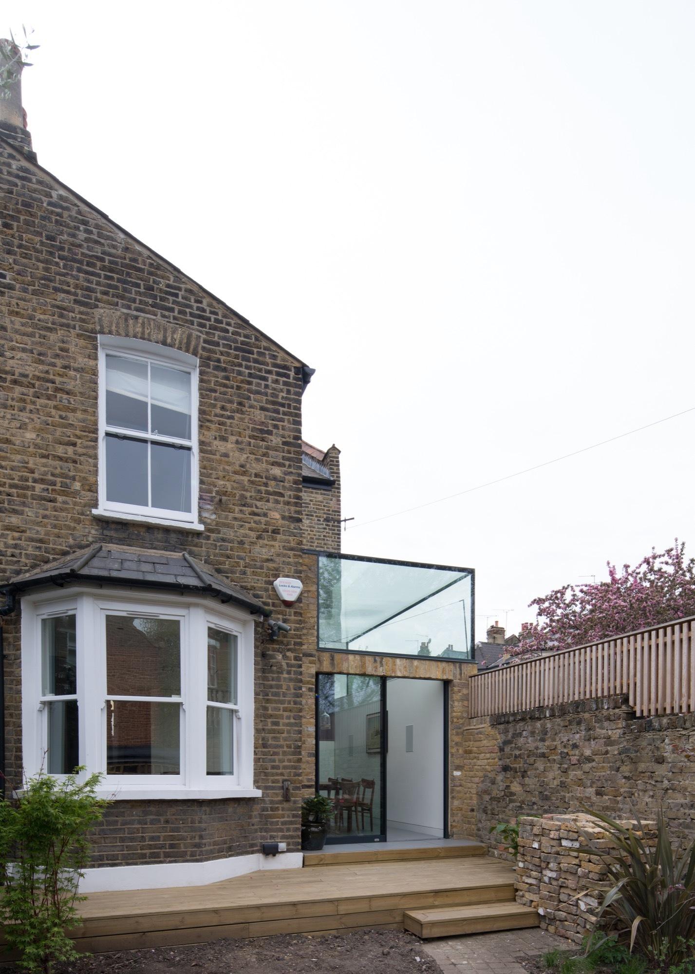 Gallery of glass box project studio 304 architecture 11 for Studio 11 architecture
