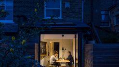 Proyecto de baño sumergido / Studio 304 Architecture