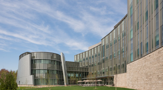 Jackson Laboratory for Genomic Medicine / Centerbrook Architects & Planners