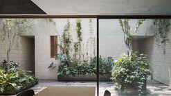 AS Building / Ambrosi I Etchegaray
