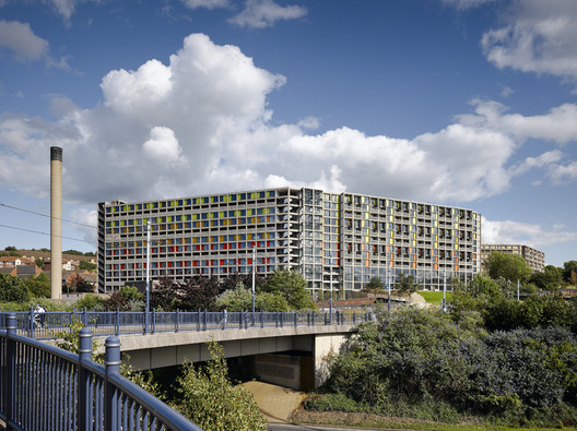 <a href='http://www.archdaily.com/174968/park-hill-hawkins-brown-with-studio-egret-west'>Park Hill Redevelopment, Sheffield / Hawkins Brown with Studio Egret West</a>. Image © Daniel Hopkinson