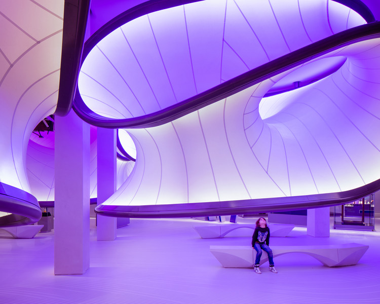 Inside Zaha Hadid Architects' Mathematics Gallery for the London Science Museum, © Luke Hayes