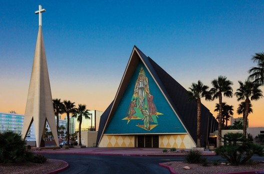 Guardian Angel Cathedral, Las Vegas, 1961. Image Courtesy of AIA