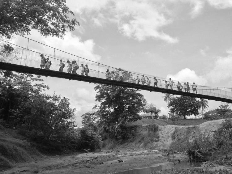 Puentes de la Esperanza: Ganadores de la Bienal  Social Colsubsidio 2016 , vía Puentes de la Esperanza