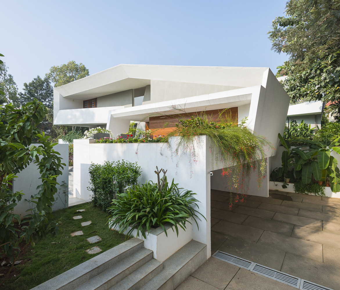 gallery of courtyard house / architecture paradigm - 1