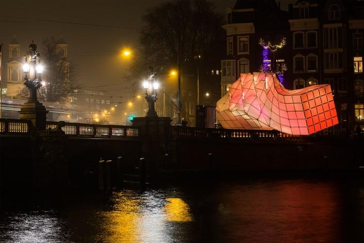 © Janus van den Eijnden
