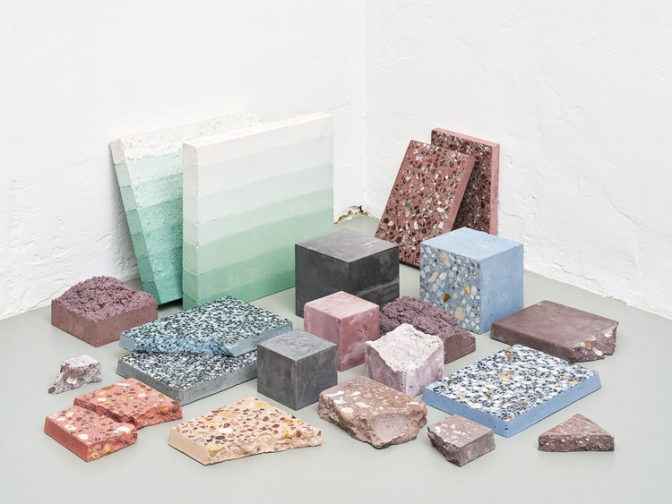"<a href='http://www.archdaily.com/799062/studio-ossidiana-translates-elements-of-persian-gardens-into-lively-materials-exhibition'>""Petrified Carpets,""</a> an exhibit by Studio Ossidiana at the 2016 Dutch Design Festival. Image © Kyoungtae Kim"