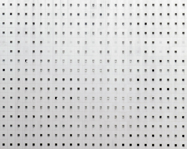 Nikola Olic's Collapsed and Dimensionless Façades, Shredder Building / Shinjuku, Tokyo. Image © Nikola Olic