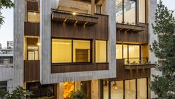 Mehrabad House / Sarsayeh Architectural Office