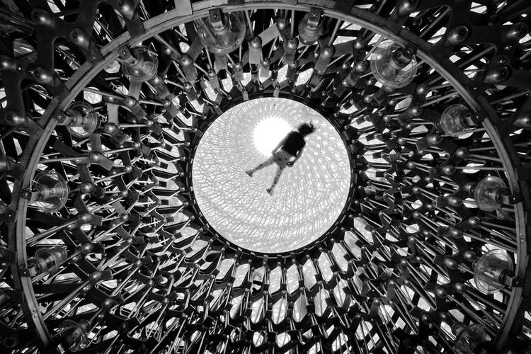 """""""Elevation"""". Imagen © Naf Selmani"""