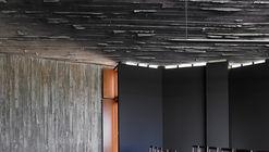 Riveira Social Center  / Carlos Seoane