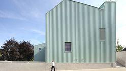 "Nursery and Primary School ""DE TOL""  / Dierendonckblancke Architects"