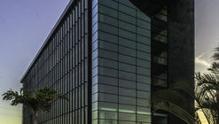 Torre Black / Muñoz Arquitectos