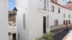 Casa TR / Antonio Jurado