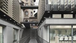 Edificio de Bachillerato Oak House School  / Trasbordo Arquitectura