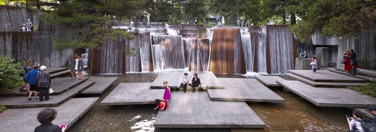 The Landscape Architecture of Lawrence Halprin, Portland Open Space Sequence, Ira Keller Fountain, Portland, OR, 2016. - Photograph © Jeremy Bittermann, courtesy The Cultural Landscape Foundation.