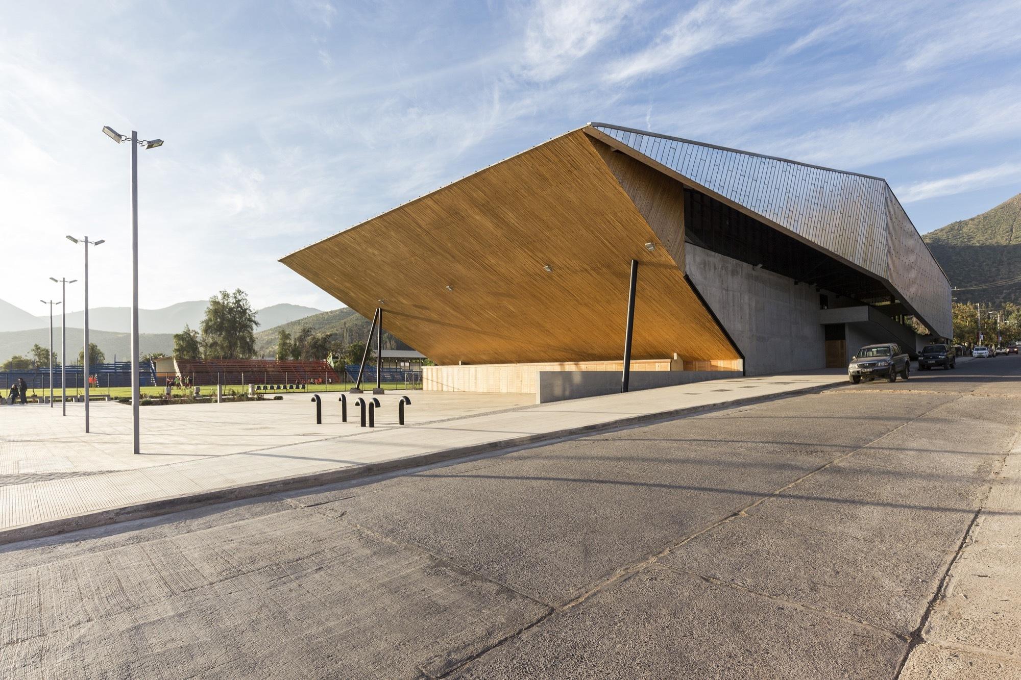Municipal Gym Of Salamanca Carre 241 O Sartori Arquitectos