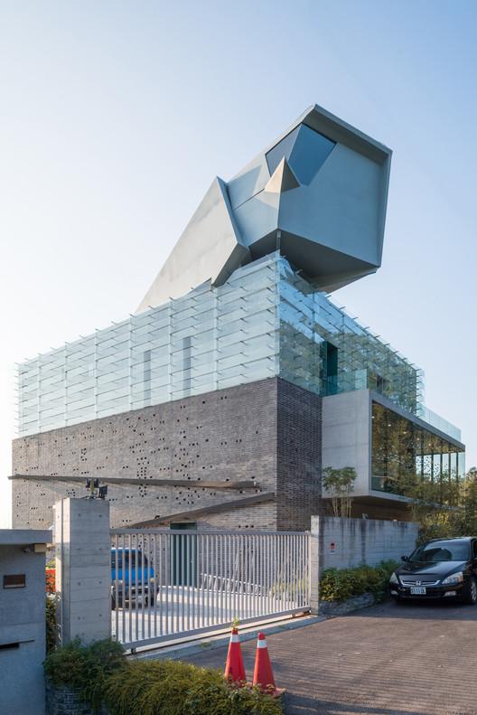 AMBi Studio?s Award-Winning Yu-Hsiu Museum of Arts Photographed by Lucas K Doolan