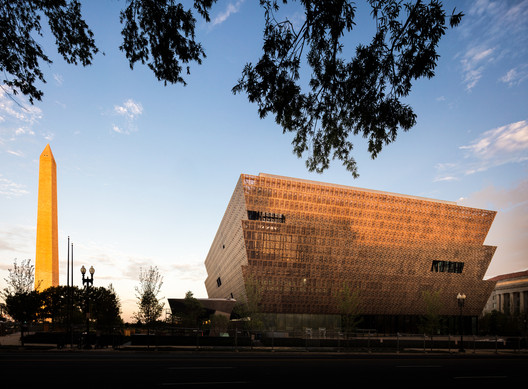Smithsonian National Museum of African American History and Culture. Image © Darren Bradley