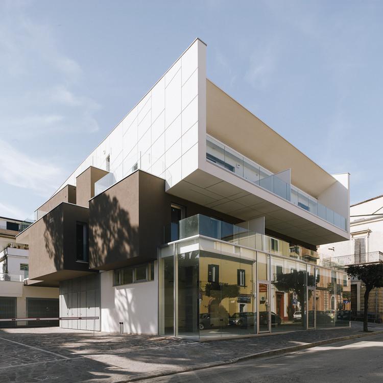 VGramsci Building  / Giovanni Vaccarini Architects, © Sergio Camplone