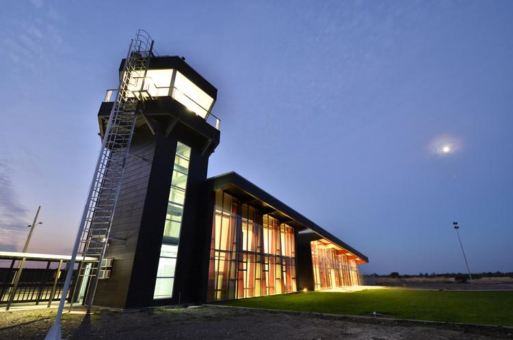 Aeródromo General Bernardo O'Higgins / ARCE Arquitectos. Image Cortesía de ARCE Arquitectos