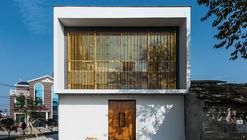 House of Gang xia Jie Cun / Atelier KAI Architects