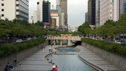 Three Key Elements Needed to Revitalize Public Spaces and Promote Urban Life