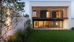 JC House / Plus Line Design