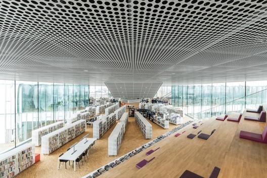 Bibliothèque Alexis de Tocqueville / OMA + Barcode Architects