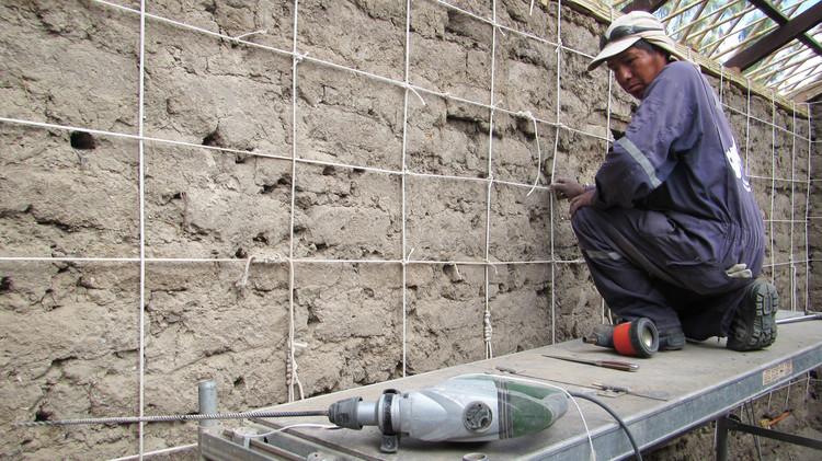 Sistema de Drizas: Reforzamiento estructural para construcciones en adobe, © Camilo Giribas