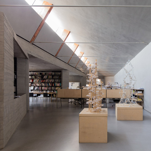 ZAO/standardarchitecture – one office interior photographed by Goodwin. Image © Marc Goodwin