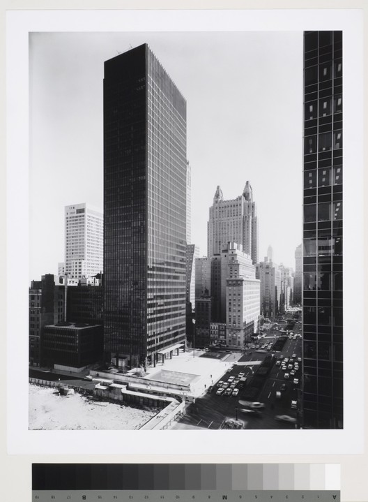 Seagram Building: view from northwest in the afternoon. Courtesy of the CCA. . Image © Ezra Stoller / Esto