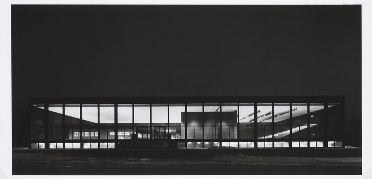 Exterior of Saidye Bronfman Centre at night (1968). Courtesy of the Richard Nickel Committee, Chicago, Illinois. Image © Richard Nickel
