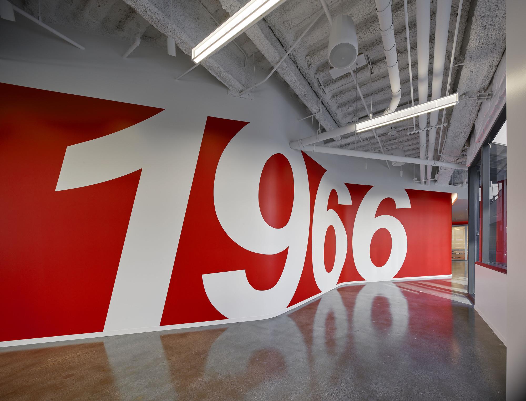 gallery of edmunds   headquarters m m creative studio   18