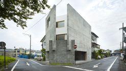House in Shimokawahara / KOIZUMISEKKEI