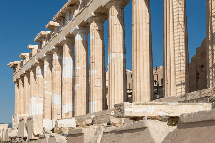 The Parthenon's columns, being narrower than typical Doric proportions dictated, served to reduce the bulk of the temple and make it appear more airy and graceful. ImageCourtesy of Wikimedia user Jebulon (licensed under CC0 1.0)