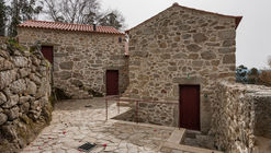 Rural Houses Refurbishment in Trebilhadouro / André Tavares